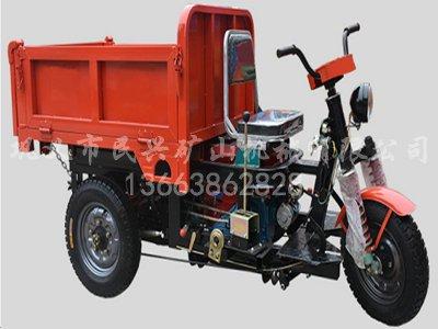 192柴油自卸车